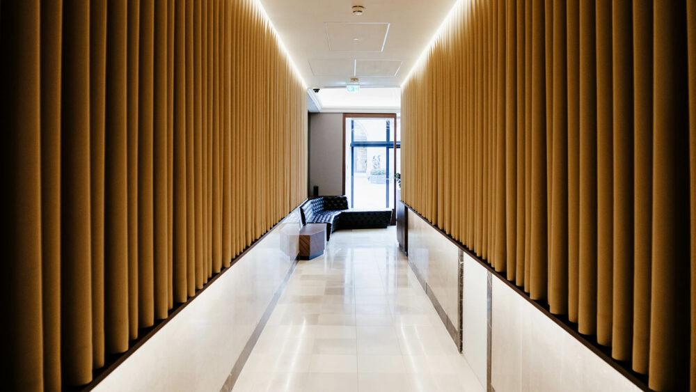 Melter Hotel & Apartments Nürnberg Flur Rezeption
